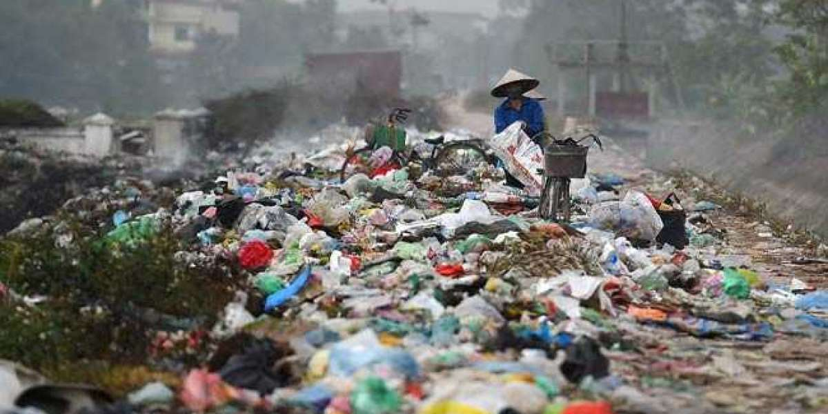 China Moves To Phase-Out Plastic Waste!