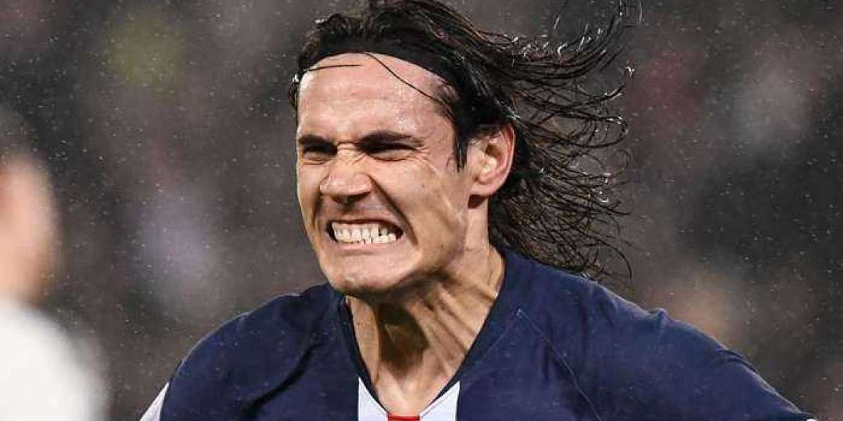 Cavani won't make Man Utd debut against Newcastle as he's forced to self-isolate